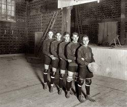 AU B-Ball: 1926