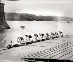 Boat Club Rowers: 1919