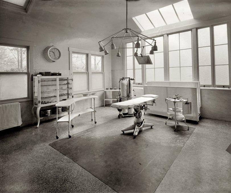 Sanitarium: 1928