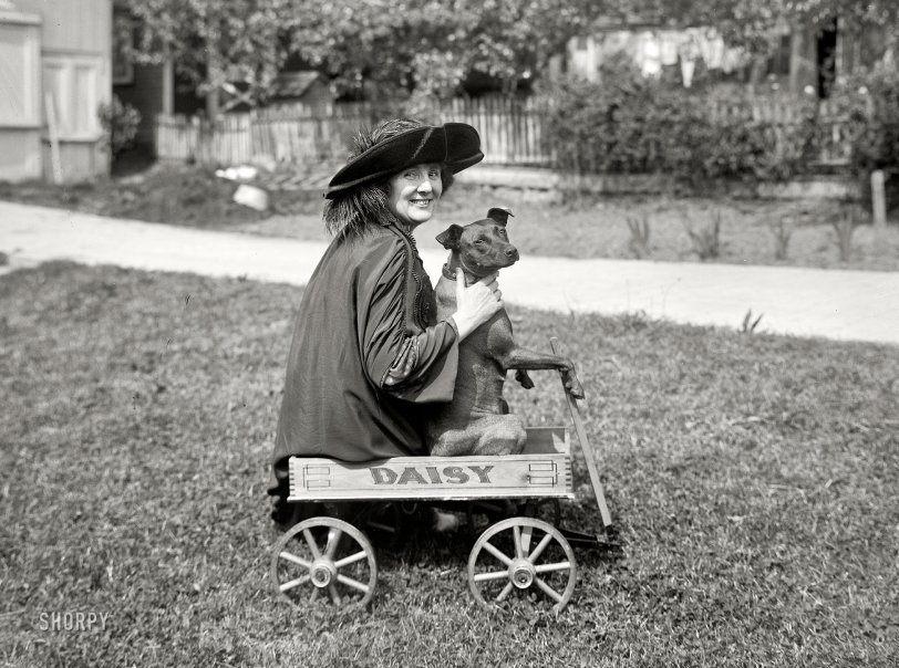 Riding Daisy: 1925