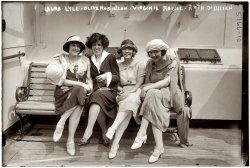 Cruising: 1922