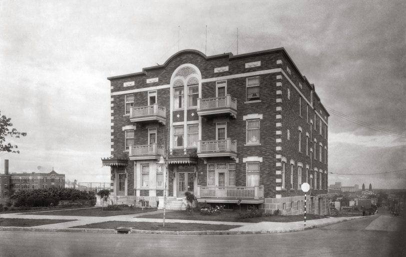 Great-Grandfather's Building: 1931