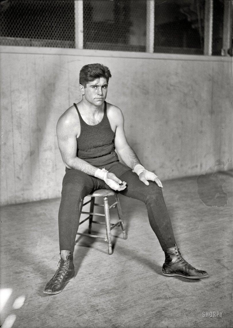 El Toro: 1923