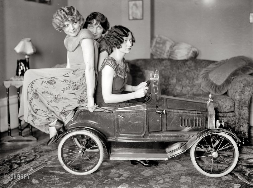 Fast Women: 1924