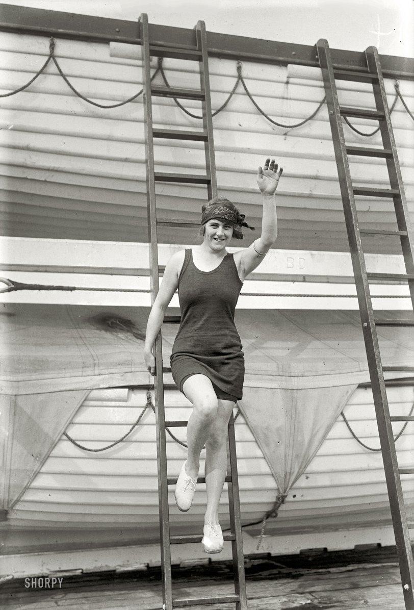 Hilda James: 1925
