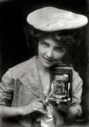 The Kodak Girl: 1909