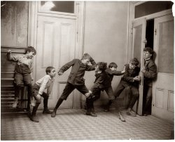Kids in the Hall: 1902