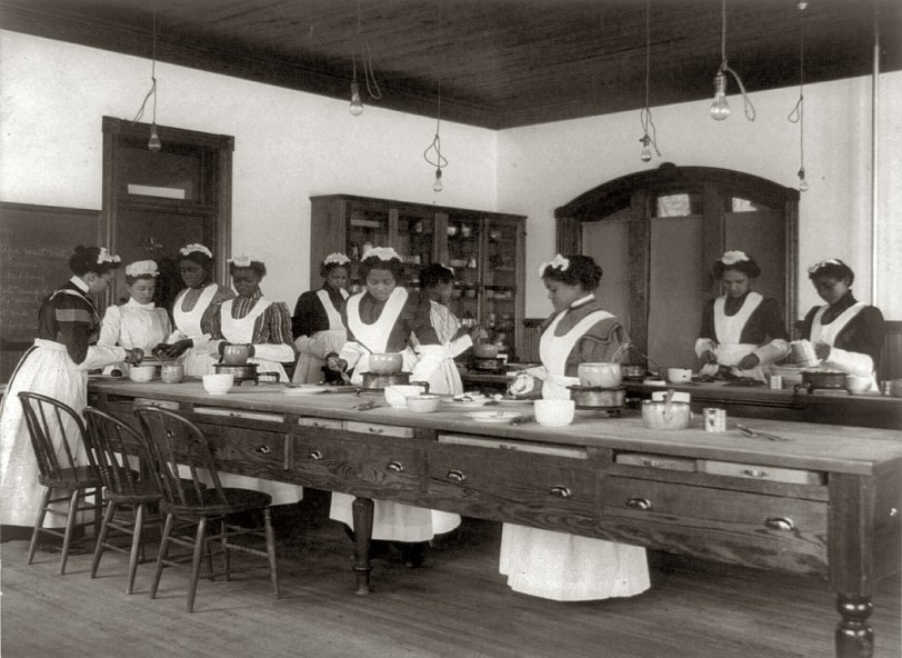 Cooking Class: c. 1899