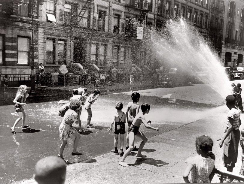 East Side Story: 1943