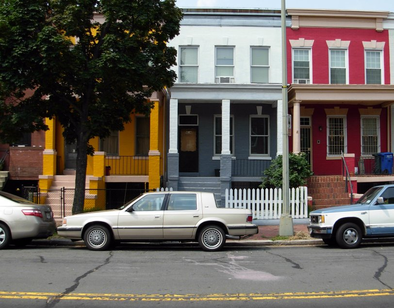 Houses in 400 Block F St, N.E.