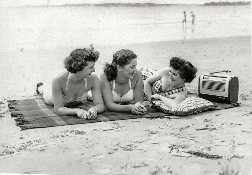 Bathing Beauties: 1951
