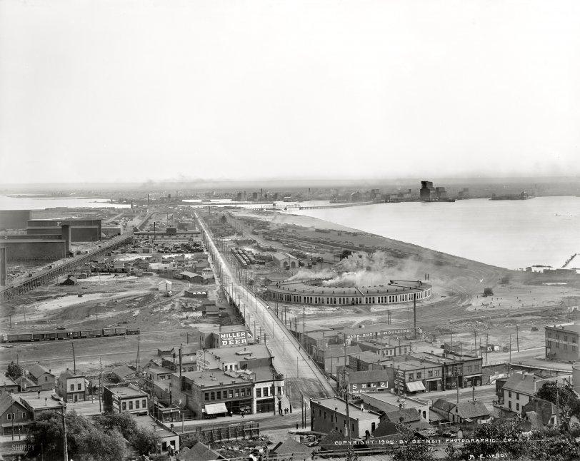 Zenith City: 1905