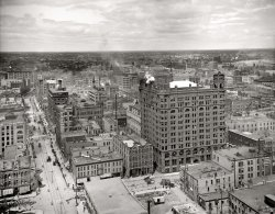 Minneapolis: 1905