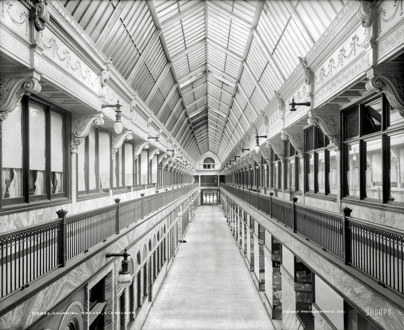 Colonial Arcade: 1900