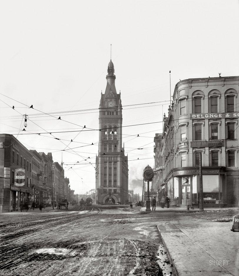 City Hall: 1900
