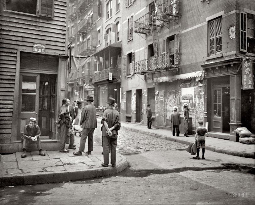 Chinatown: 1900