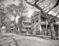 Charleston: 1902