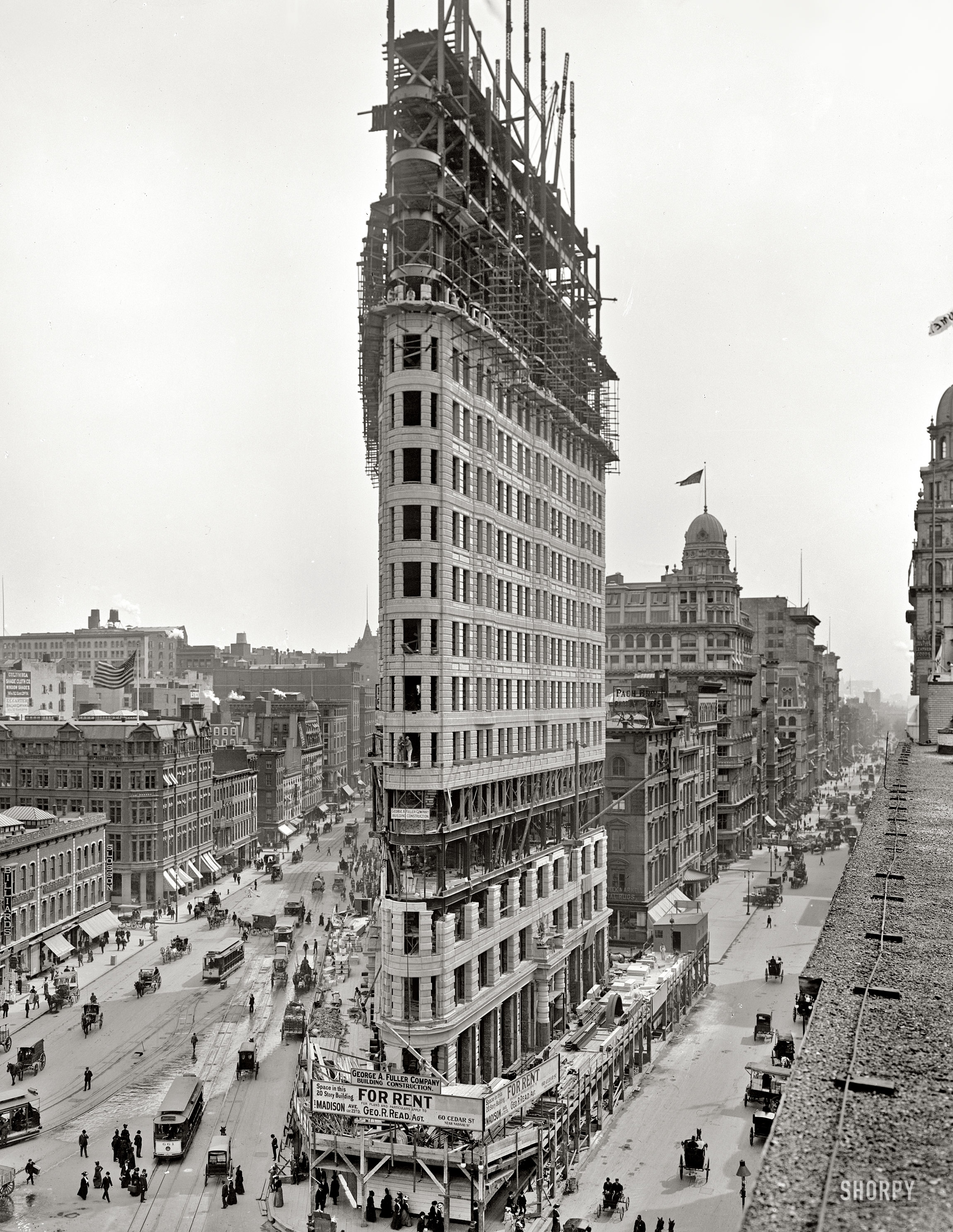 Flatiron Building in construction. 1902