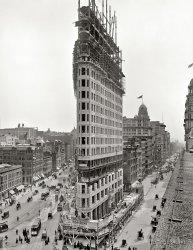 Flatiron Rising: 1902