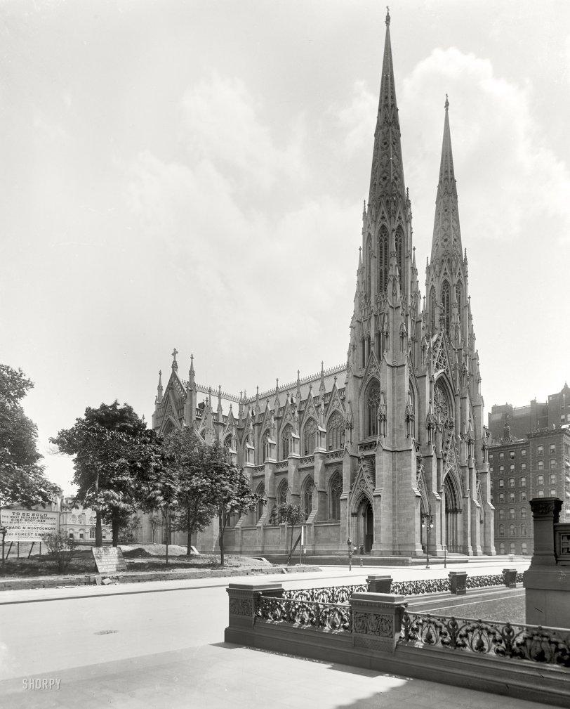 St. Pat's: 1905