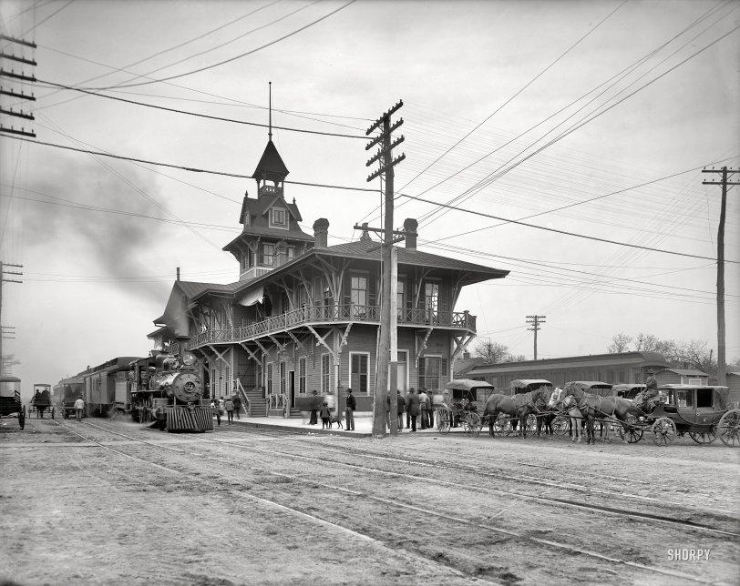 Pensacola Cannonball: 1906