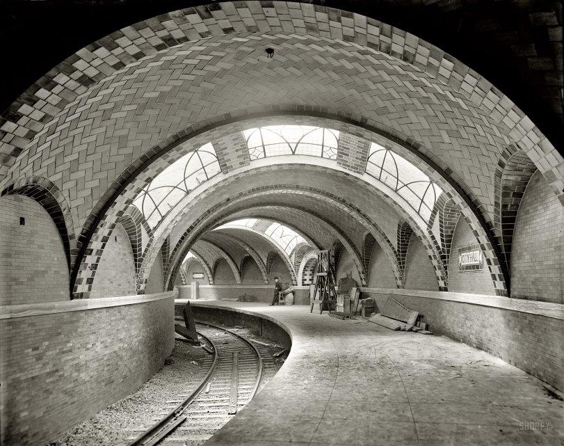 Gotham Underground: 1904
