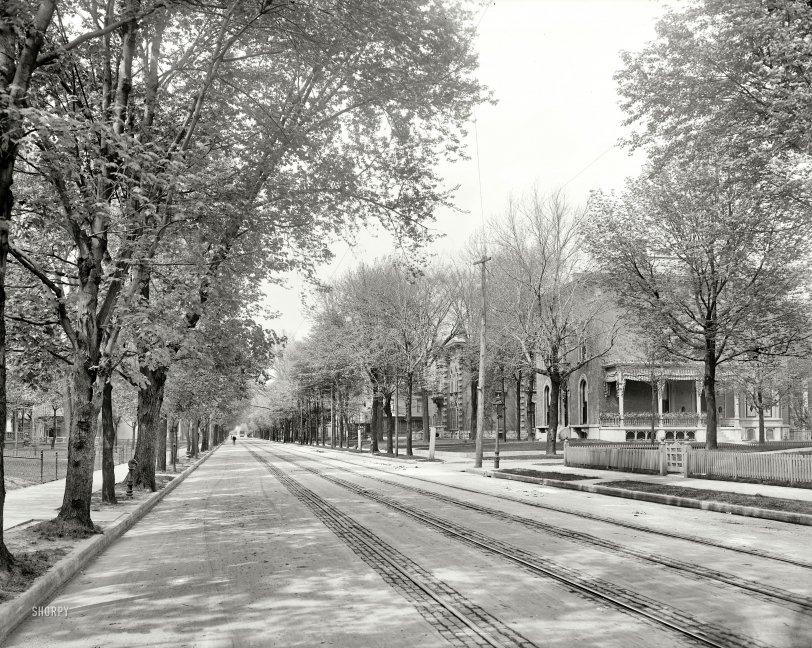 Pleasantville: 1904