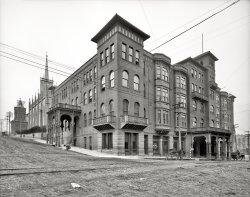 Carroll Hotel: 1906