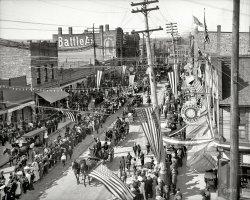 Canal Parade: 1905