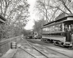 Enter Subway Slowly: 1904