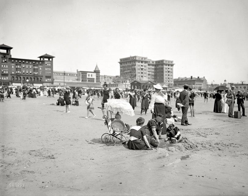 Beach Baby: 1910