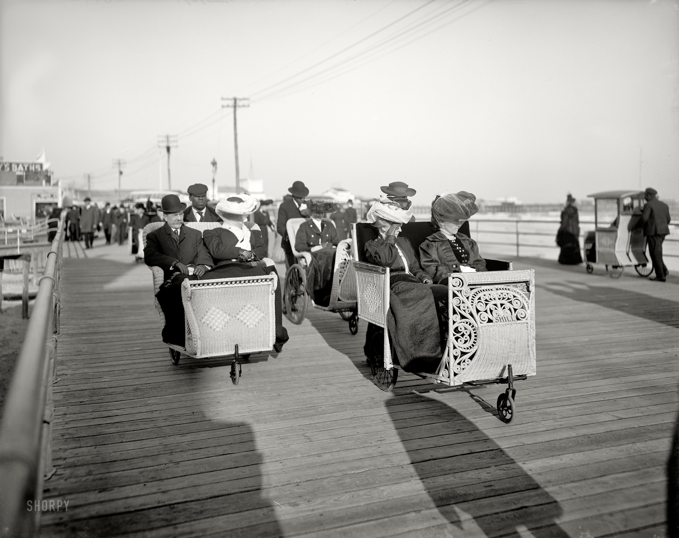 Shorpy Historic Picture Archive A Fast Crowd 1905 High Resolution Photo