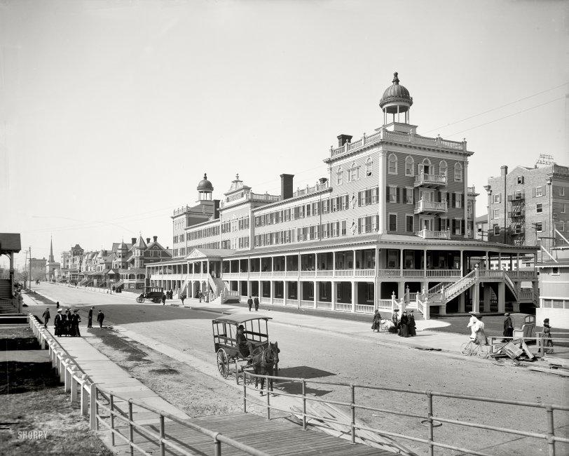 The Seaside: 1905