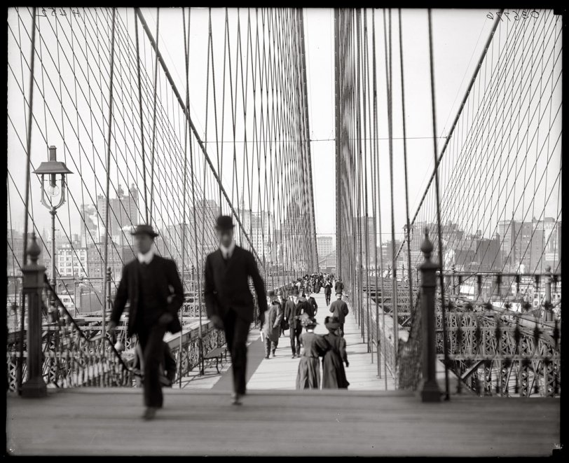 Brooklyn Bridge: 1910