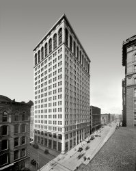 Ford Building: 1910