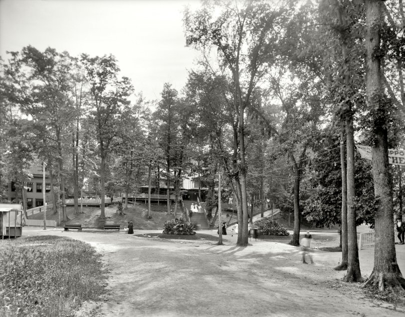Saturday in the Park: 1905