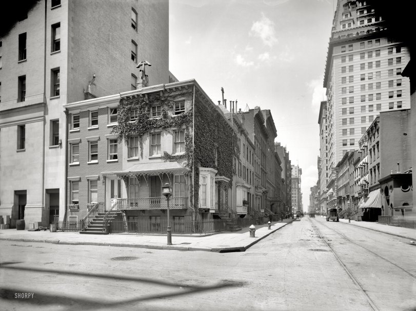 Irving Place: 1905