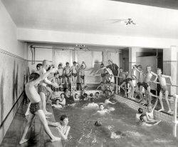 Skinny Dippers: 1910