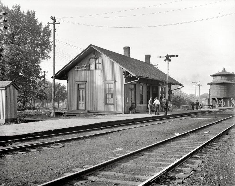Pontiac Depot: 1905