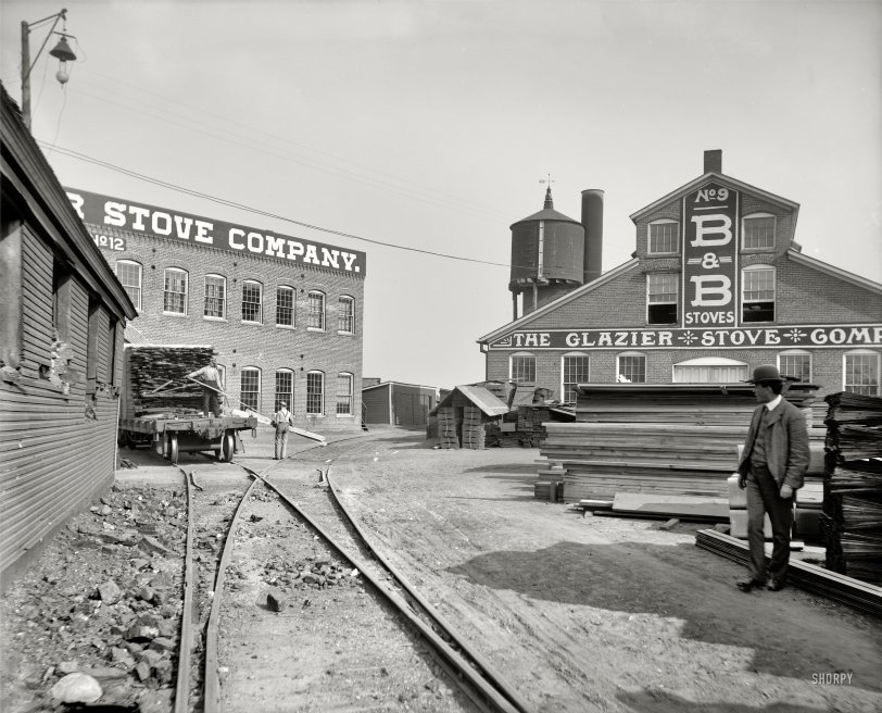 The Stove Factory: 1901