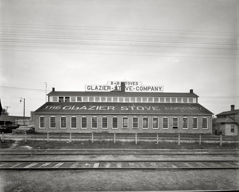 Glazier Stove: 1901