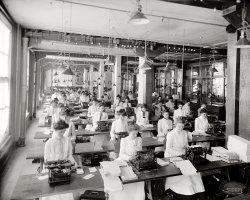 Qwerty Women: 1902