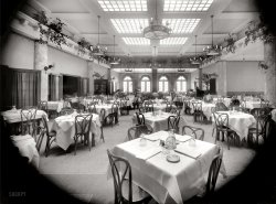 The Grill Room: 1912