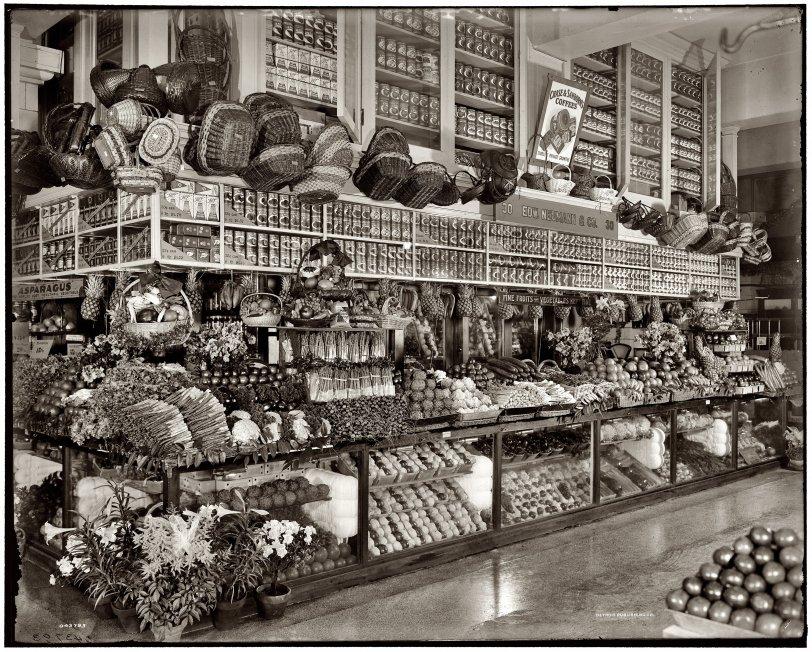 Neumann Grocery: 1910