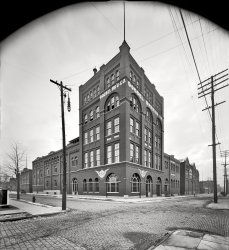 Brew House: 1905