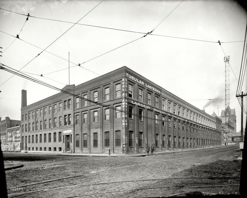 Tubular Lanterns: 1905