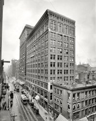 Mercantile Library: 1910