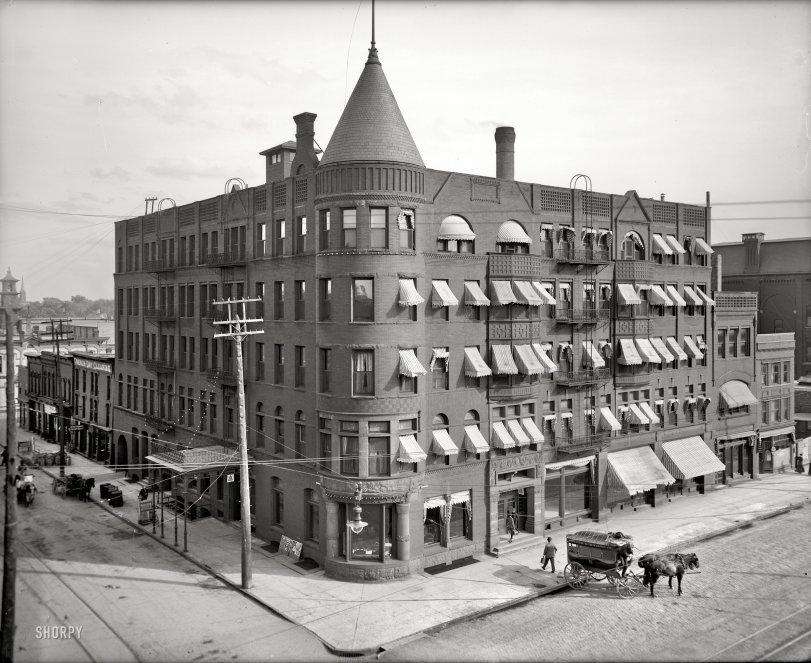 Hotel Vincent: 1905