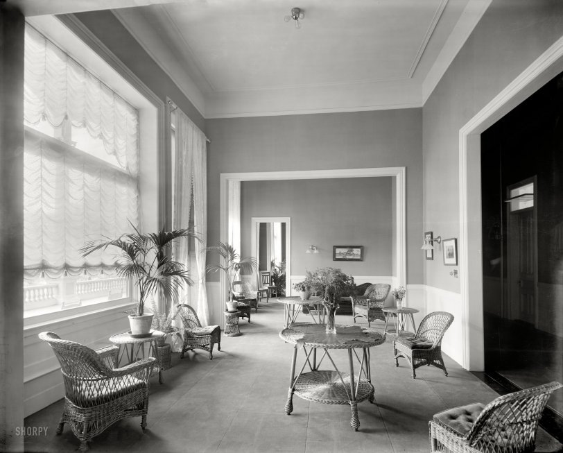 The Ladies' Parlor: 1908