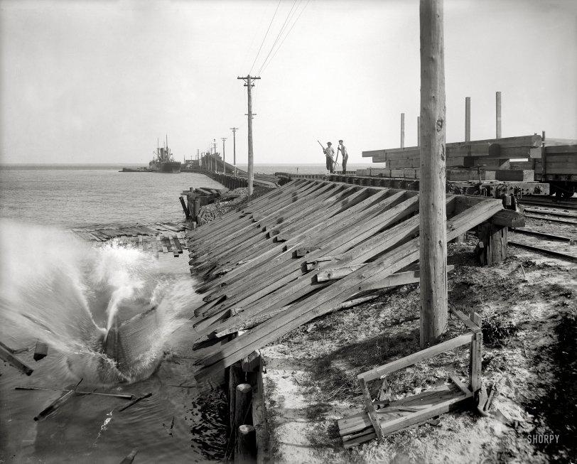 Splash: 1910